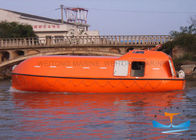 FRP Lifeboat Rescue Boat Commodious 6 Knots Speed Self - Righting Type